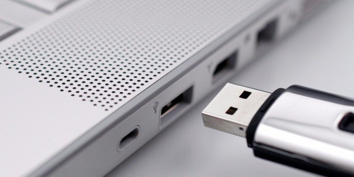 how to download youtube videos to flash drive